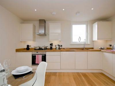 8George-Kitchen3.jpg